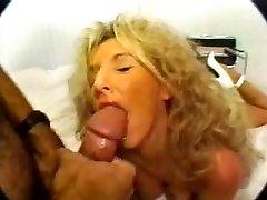 Old-school Blonde Busty Cougar Smashing in High Heels