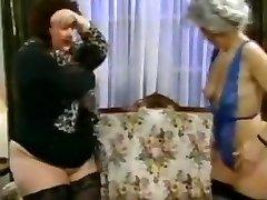 Two bbw skinny grandmas fucked
