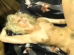 Wild White Femmes in Interracial 3somes