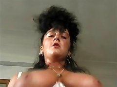 FOR EXPERTS ONLY17...Brit antique,mature busty