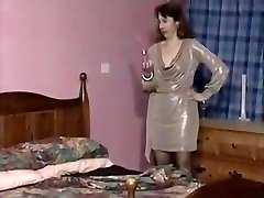 انگلیسی جوراب بلند, لباس تنگ
