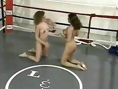 Naked Ring Grappling (2)