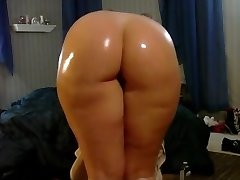 My Sexy pawg booty wiggling