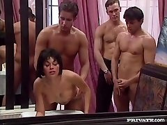 Rita Cardinale, Gangbang a Bukkake v Reštaurácii
