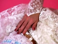 An Glamour Tease 001-A Brunette Hair Bride Peels Off Out of Her Suit