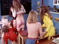 MF 1701 - The College Girls