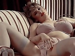 LINGERIE DAYDREAM - antique 80's big jugs in stockings