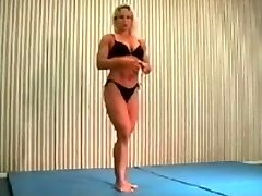 mingled wrestling fbb Christine Fetzer bodybuilder scissors