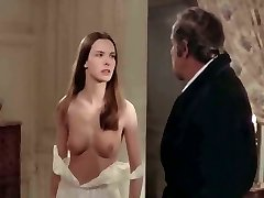 CAROLE BOUQUET Bare