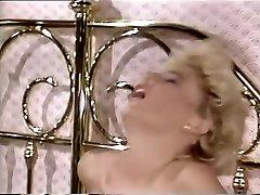 Crazy pornstar Cara Lott in naughty 69, blonde adult gig