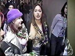 Mandi becomes a bead slut at Mardi Gras 2001
