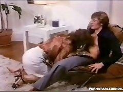 Old School anal fuckin' for busty Veronica Hart