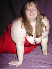 Dirty plumper big BBW belly in red teddy