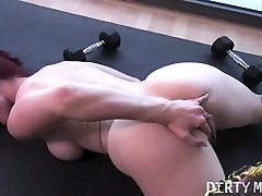Bare Fit Yoga Professor Plays With Her Asshole