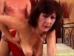 busty μαλλιαρό μητέρα βάναυση δύσκολη γαμήσει