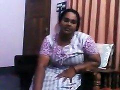 Kadwakkol Mallu Aunty Mommy Son Incest New Video2