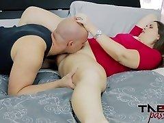 Madisin Lee in Mom's Odorous Pussy