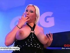 Chubby Chicks do it nicer! - Extreme Bukkake