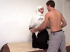 Sexy Arab Girl