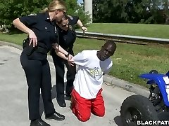 Black convict used by two white police girls for arse sniffing and threesome