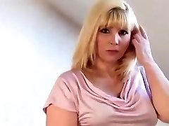 Chubby mature blonde in tan tights