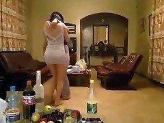 yam-sized ass dance