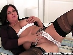 Mature Mommy Wanks In Stockings And Crotchless Panties