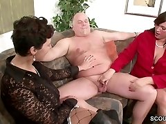 German MILF Show Duo to Fuck Good in Threesome
