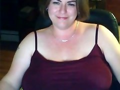 Solo #18 (Captivating Chubby MILF showing Big Natural Mounds)