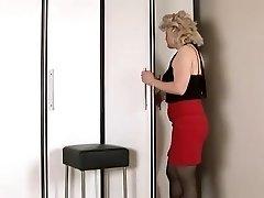 Wanting cock mature girl masturbates