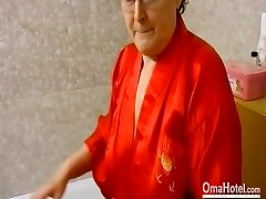 OmaHoteL Horny Granny Chubby Solo Have Fun Footage