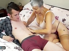 Old lady Savana pulverized by college girl Sam Bourne by AgedLove