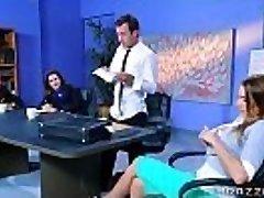Brazzers - Juelz Ventura - Enormous Hooters at Work