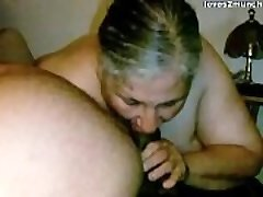 Grandma Lynne Gets Face Fucked and a Mouthhole of Cum