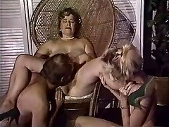 Chubby mommy gets her pussy fisted by mates