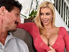My husband hasn't fucked me in a year! - Alexis Fawx