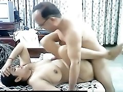 Mature arab couple makes a fuck tape in missionary position with creampie