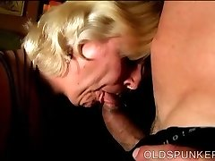 Chunky mature blond is a super hot shag and loves facials