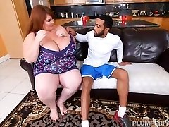 Magnificent SSBBW Lexxi Luxe Feeds Stallion Breakfast and Jugs