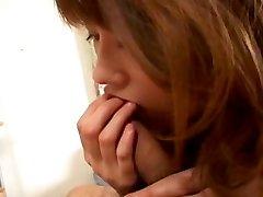 Sextractive Japanski Reimi Мацукава uzrokuje dude s vibrator