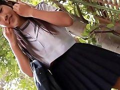 softcore asijské školačka, upskirt, kalhotky, vtipálek