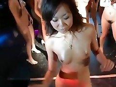 daiya & japan gogo girls super group striptease dance fun
