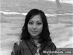 Gianna Lynn est l'un des plus chauds Asiatiques dans le porno t