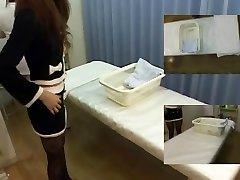 Japonski sex video z masseuse jerking palico