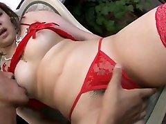 Lingerie model, Ai Yuumi, loves blowage stimulation