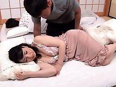 Korean big boobies Han Ye in bare F 1 8