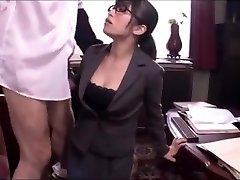 Japanese office girl oral job service