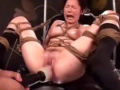 Japonski AV Porno Prekleti Stroj Maturbation (DXHK003) Ayuka Chisato