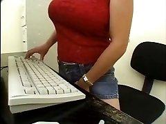 Asian Secretary Girl-girl caught by the mailman