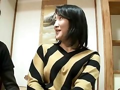 44yr old Japanese Mom Pumps Out and Creampied (Uncensored)